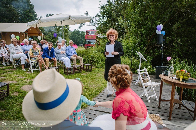 Trouwfoto Bruidsfoto Bruidsfotografie Camping Lievelinge Buitenbruiloft Vintage Spiegeltent Trouwlocatie Bruiloft Utrecht Rotterdam Den Bosch