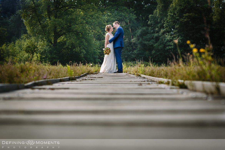 trouwen annakapel zundert bruidsreportage vlonderpad galderse_heide bouvigne breda trouwfotografie trouwfoto bruidsfoto bruidsfotografie bruid bruidegom